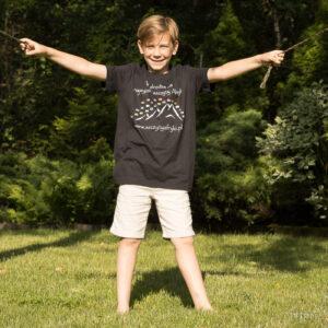 T-shirt z flagami dla dzieci